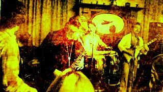 Seve Tayton playing with Khyyam at Earlsdon Cotttage in 74